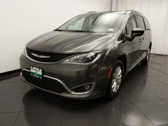 2017 Chrysler Pacifica Touring-L - 1030194034