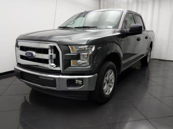 2017 Ford F-150 SuperCrew Cab XLT 5.5 ft - 1030194036