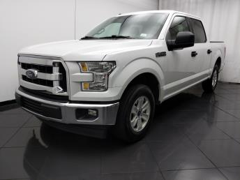 2017 Ford F-150 SuperCrew Cab XLT 5.5 ft - 1030194039