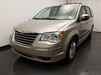 2009 Chrysler Town and Country Limited - 1030194780