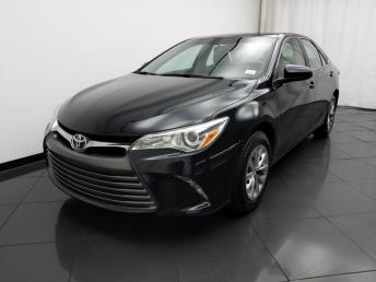 2016 Toyota Camry LE - 1030195022