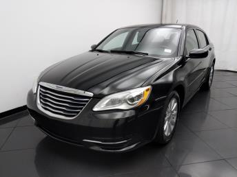 2013 Chrysler 200 Touring - 1030195731
