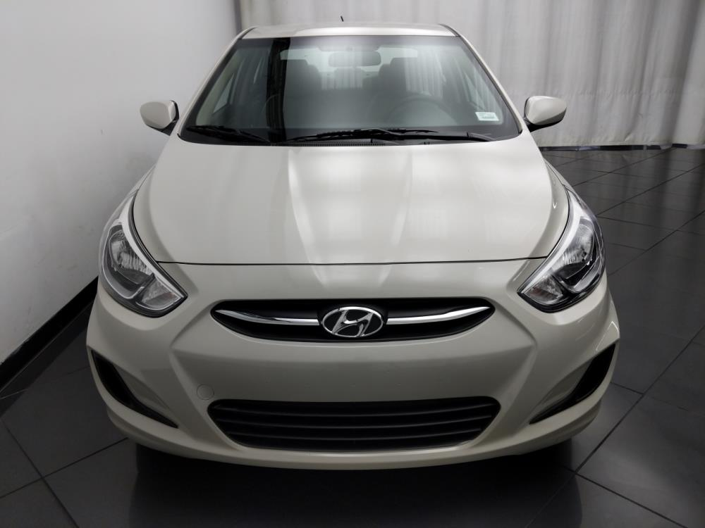 2016 Hyundai Accent SE - 1030195811
