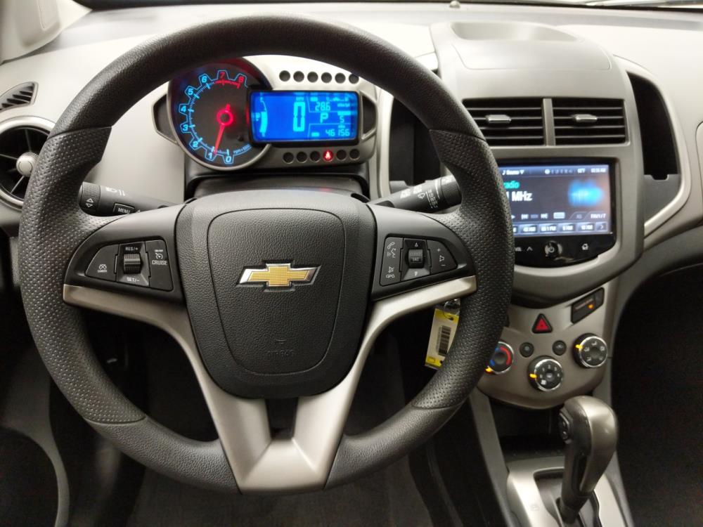2016 Chevrolet Sonic LT - 1030196031