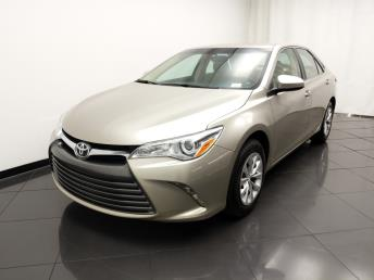 2015 Toyota Camry LE - 1030196216