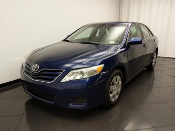 2011 Toyota Camry LE - 1030196724
