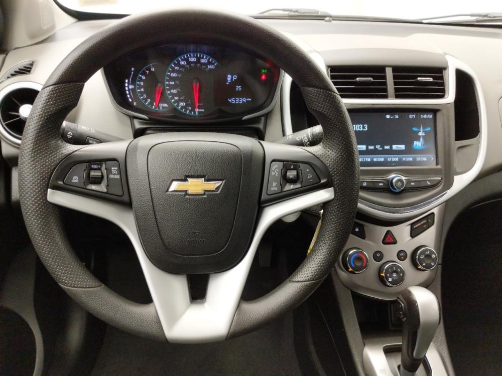 2017 Chevrolet Sonic LT - 1030196908