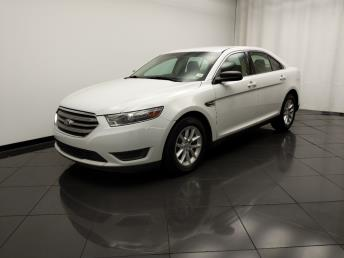 2013 Ford Taurus SE - 1030197064