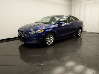 2016 Ford Fusion SE - 1030197276