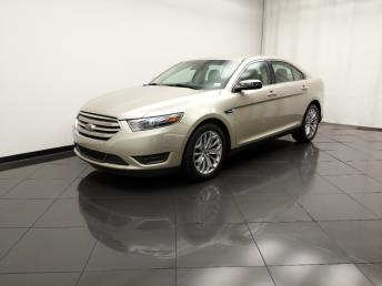 2017 Ford Taurus Limited - 1030197465