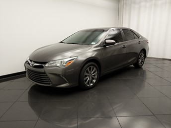 2015 Toyota Camry XLE - 1030197472