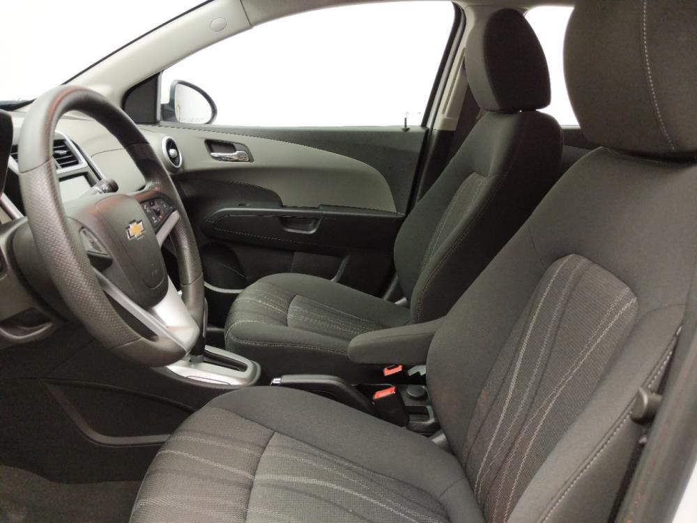 2017 Chevrolet Sonic LT - 1030197614