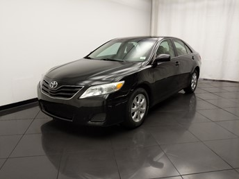 2010 Toyota Camry LE - 1030197754