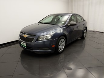 2013 Chevrolet Cruze LS - 1030198451