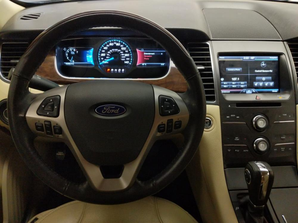 2014 Ford Taurus Limited - 1040172905