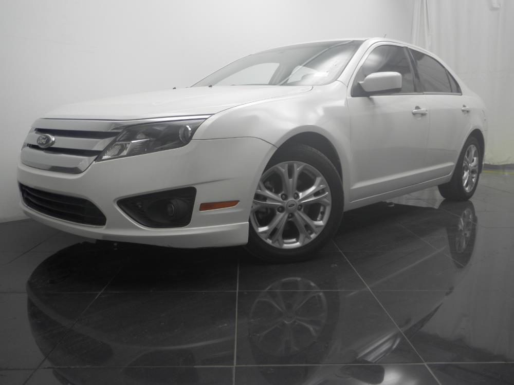2012 Ford Fusion - 1040183989