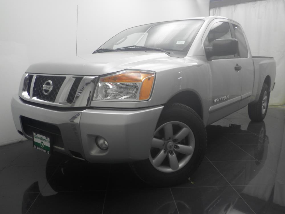 2010 Nissan Titan - 1040184083