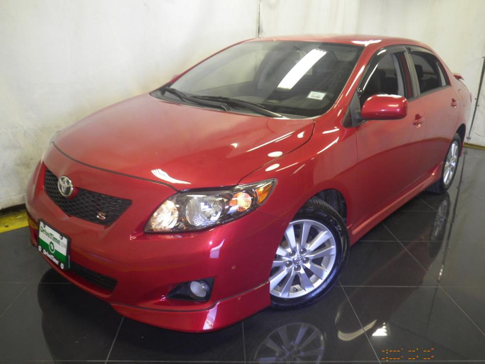 2010 Toyota Corolla - 1040184219