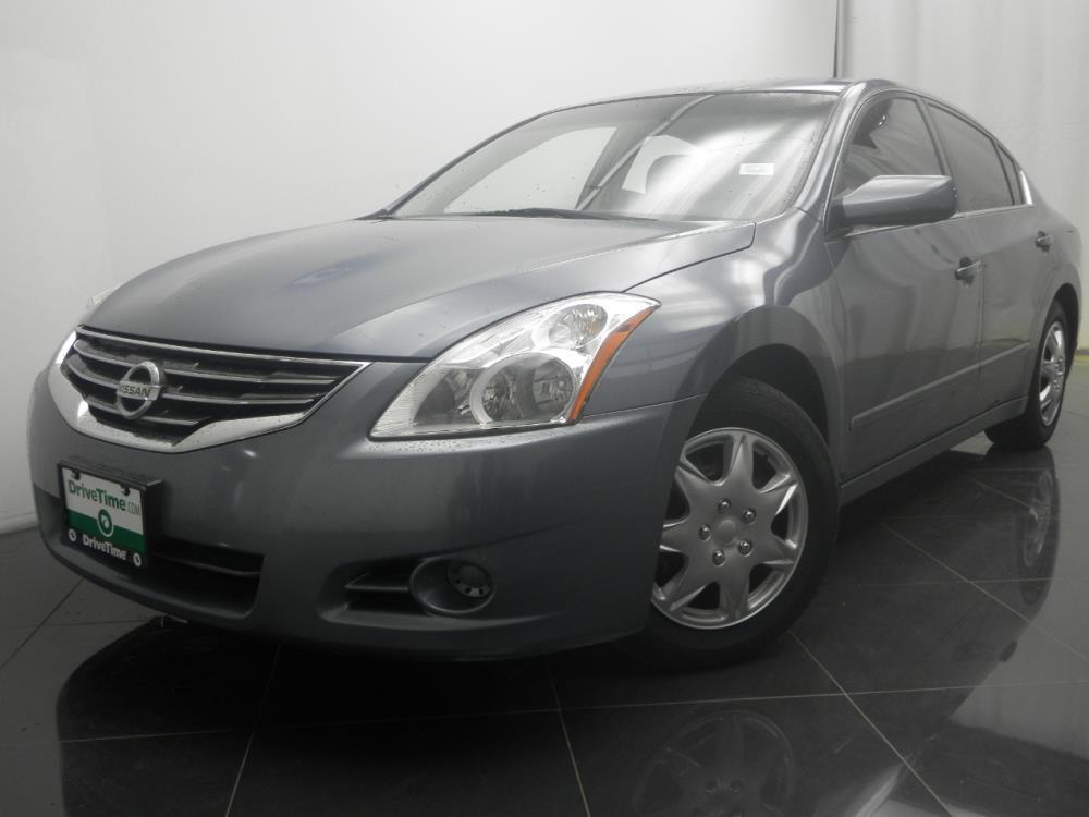 2010 Nissan Altima - 1040184866