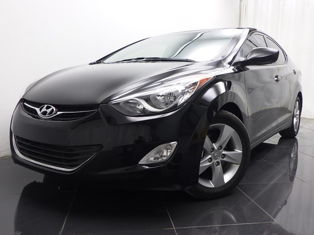2013 Hyundai Elantra - 1040184905