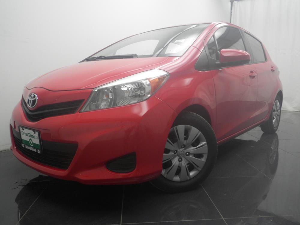 2014 Toyota Yaris - 1040184994