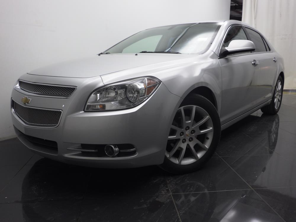 2011 Chevrolet Malibu - 1040185310