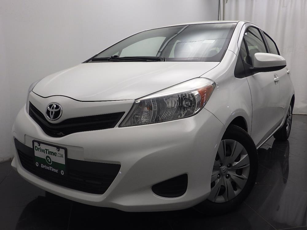 2012 Toyota Yaris - 1040185368