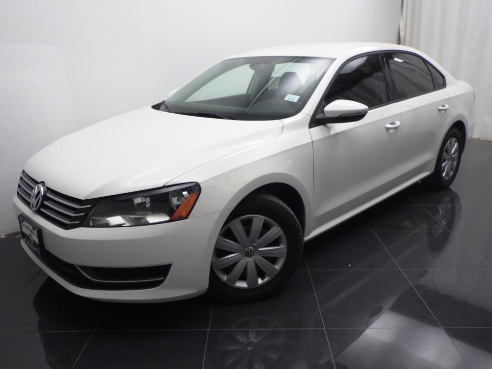 2012 Volkswagen Passat - 1040185377