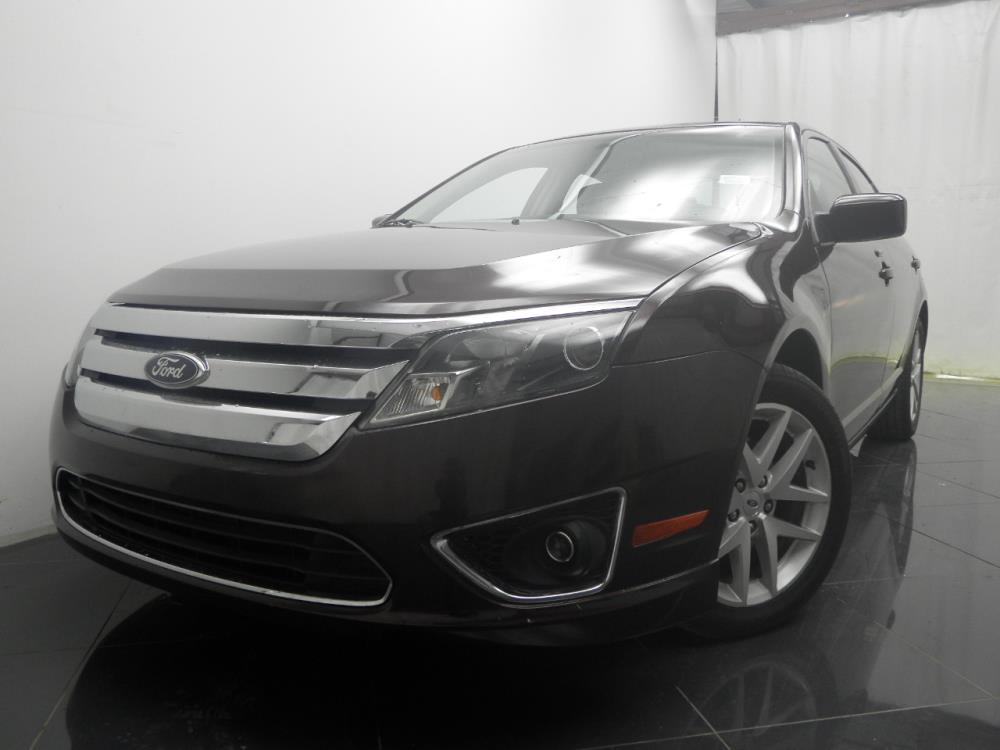 2012 Ford Fusion - 1040185521