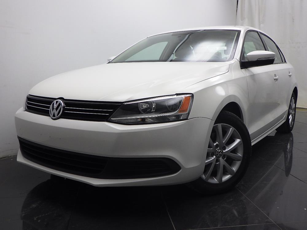 2012 Volkswagen Jetta - 1040185936