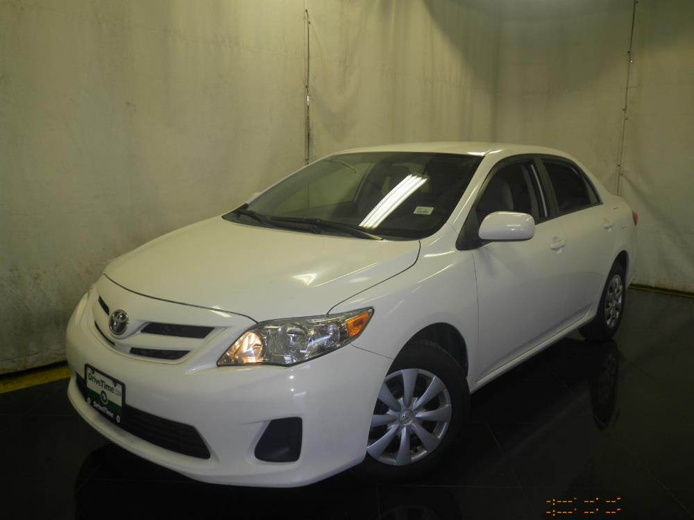 2011 Toyota Corolla - 1040186168