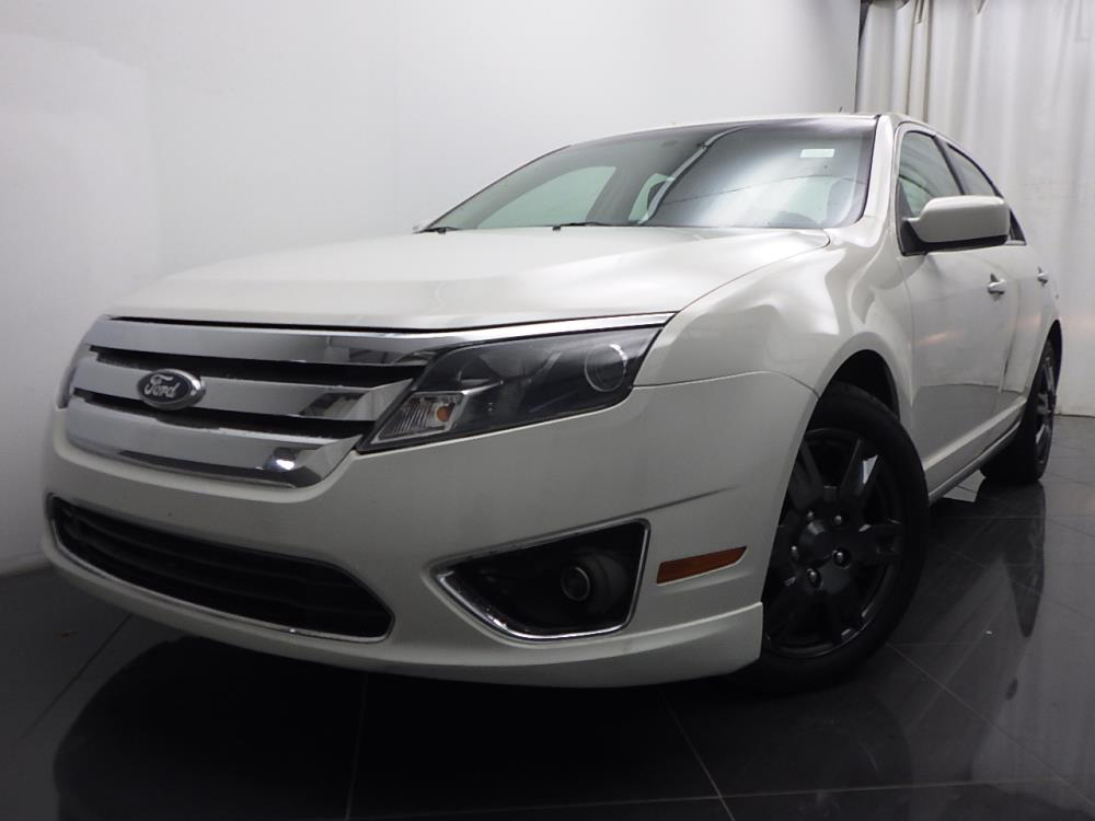 2010 Ford Fusion - 1040186429