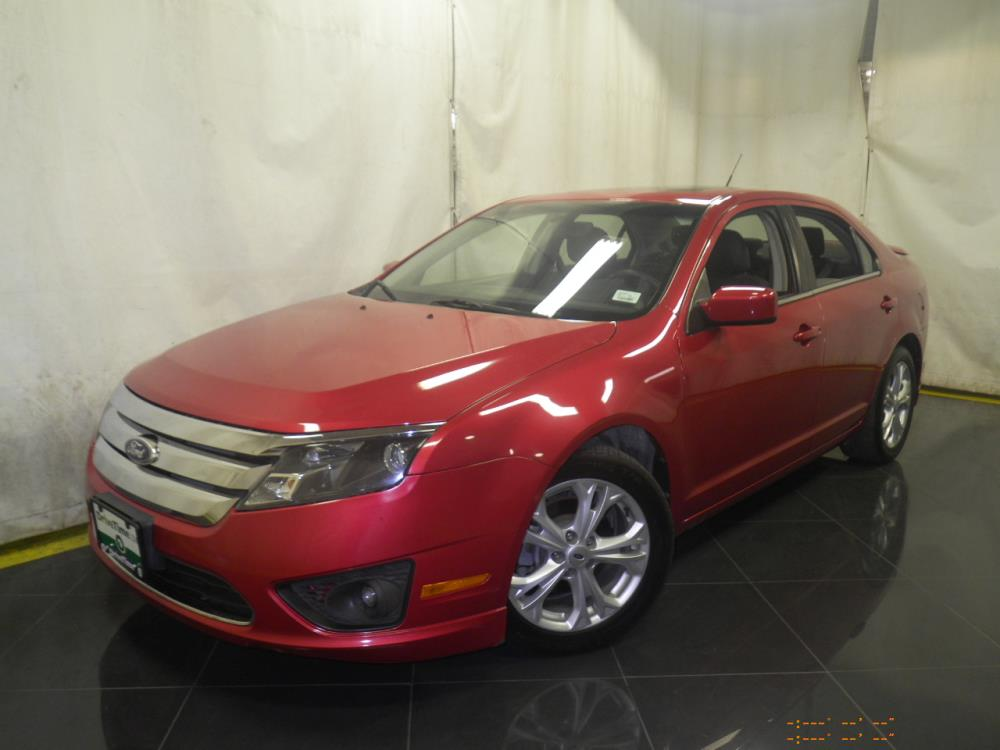 2012 Ford Fusion - 1040186664