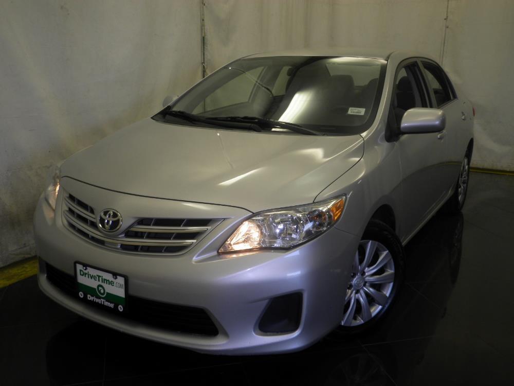 2013 Toyota Corolla - 1040186785