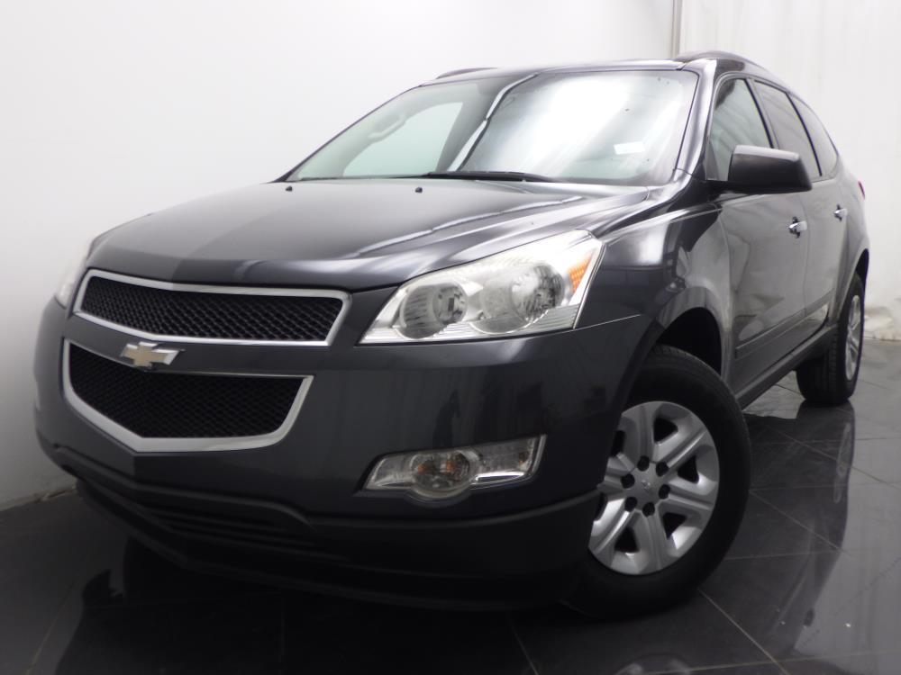 2011 Chevrolet Traverse - 1040186986