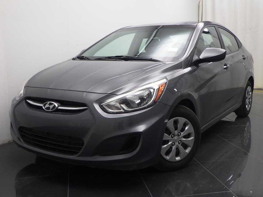 2015 Hyundai Accent - 1040187426