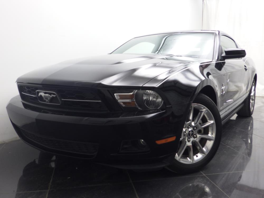 2010 Ford Mustang - 1040187515