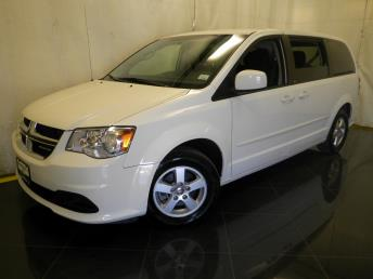 2011 Dodge Grand Caravan - 1040189925