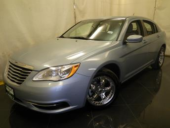 2013 Chrysler 200 - 1040192757