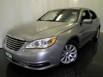 2013 Chrysler 200 - 1040194719