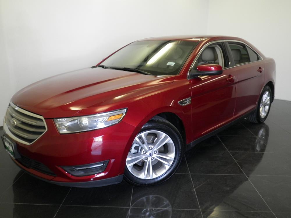 2013 Ford Taurus - 1040195169