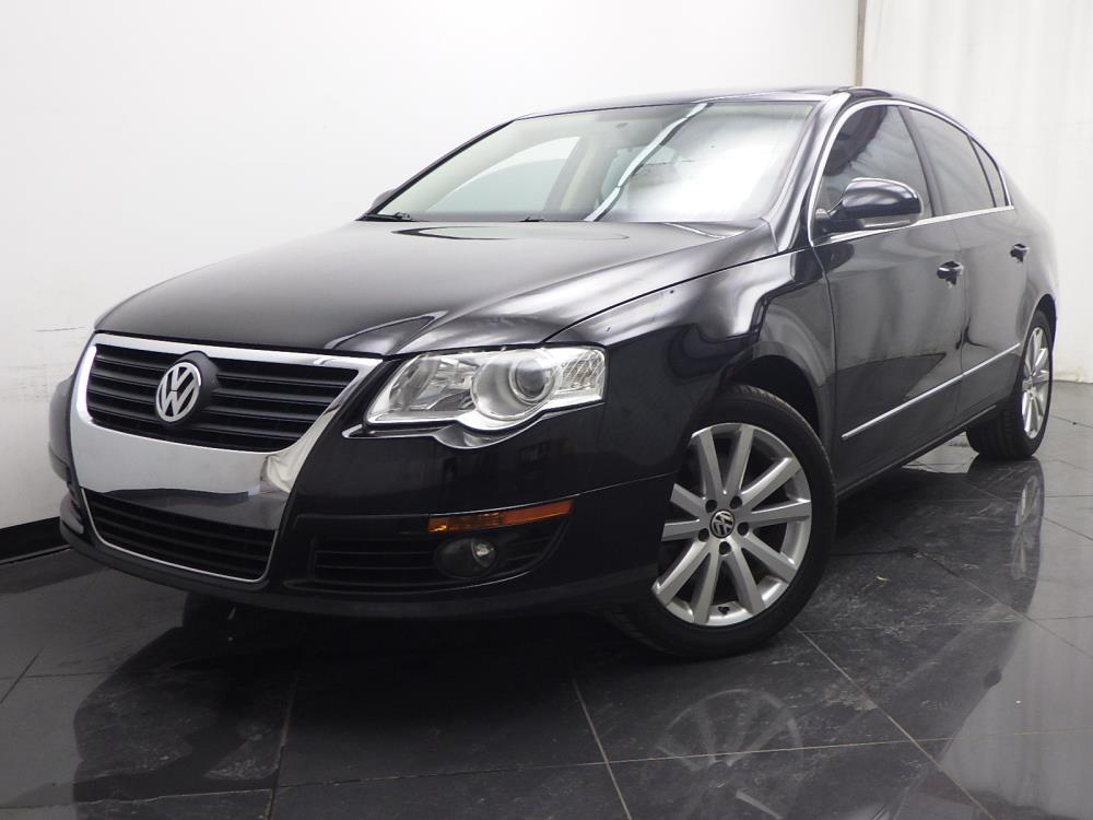 2010 Volkswagen Passat - 1040197575