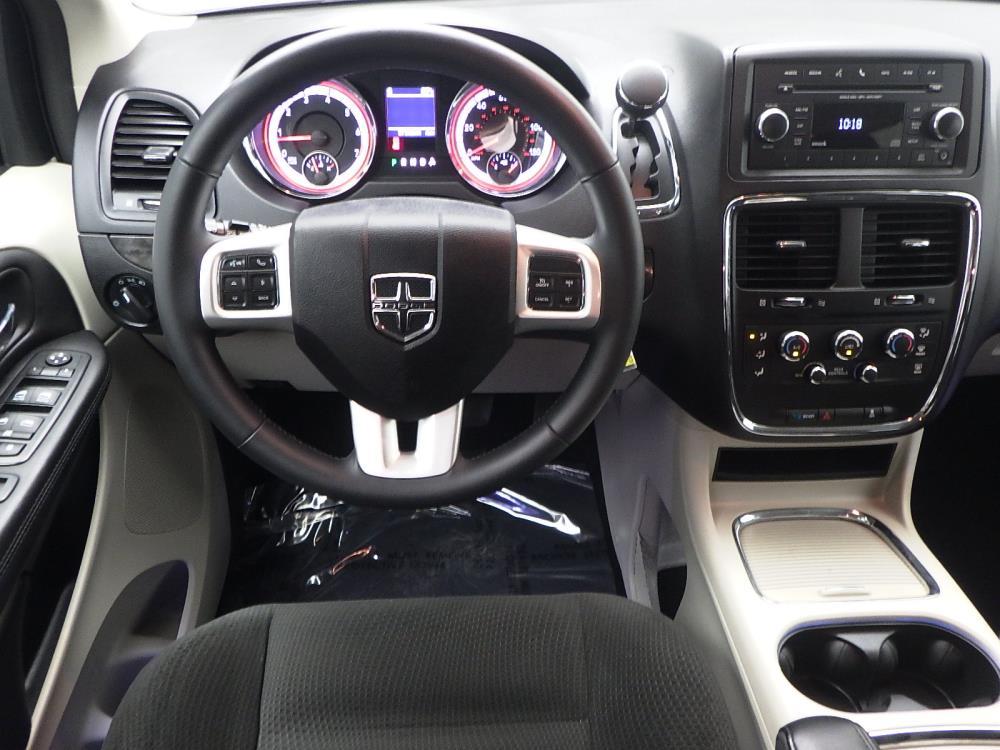 2015 Dodge Grand Caravan SXT - 1040198704