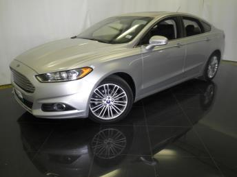 2014 Ford Fusion - 1040199345