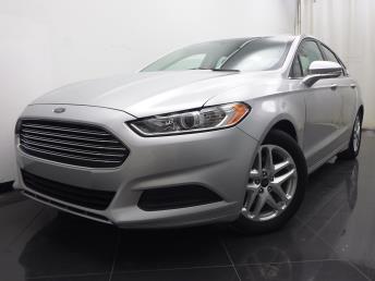 2016 Ford Fusion SE - 1040199655