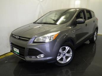 2014 Ford Escape SE - 1040199661