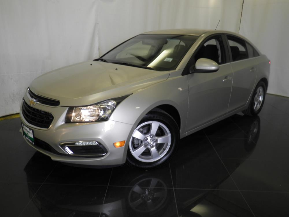2016 Chevrolet Cruze Limited 1LT - 1040199668