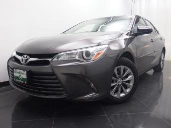 2017 Toyota Camry LE - 1040199970