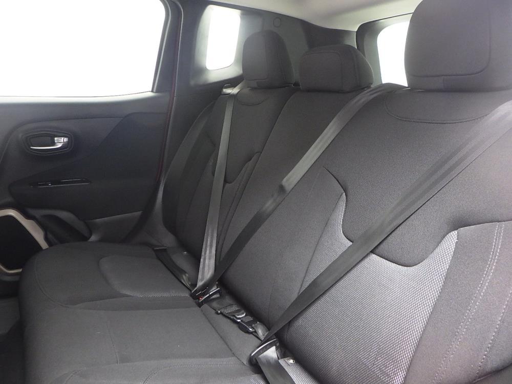 2016 Jeep Renegade Latitude - 1040200100