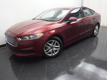 2015 Ford Fusion SE - 1040200112